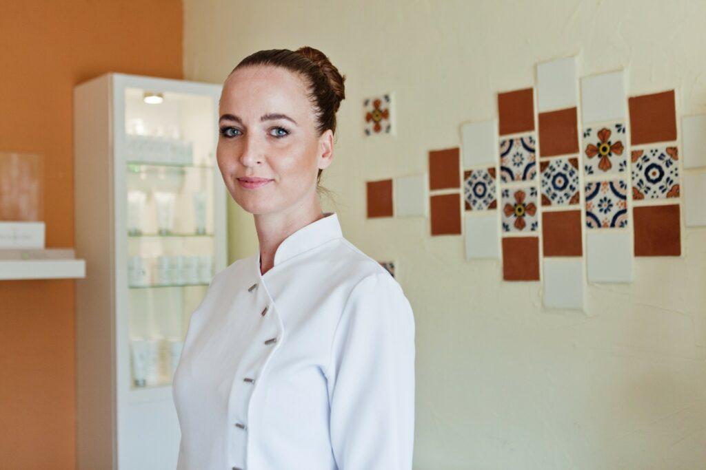 Esther van der Velde schoonheidsspecialiste